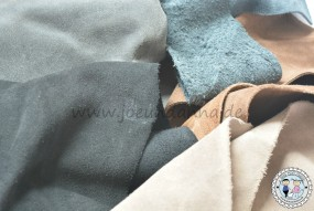 Velourslederreste/ Sohlenleder dunkle Farbtöne